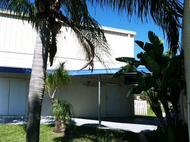 Patio Awnings Retractable Awnings And Canopies